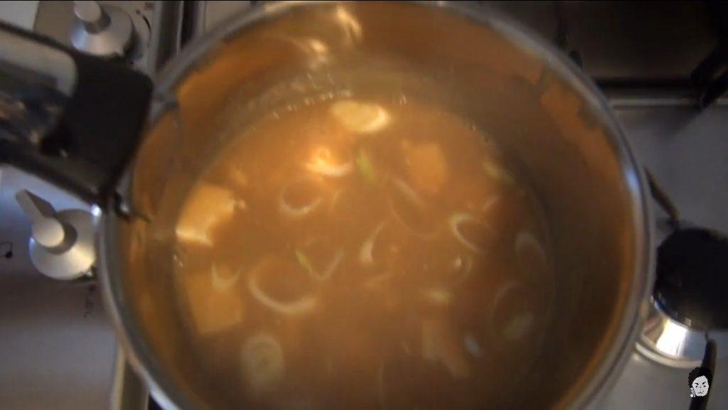 完成したローション味噌汁