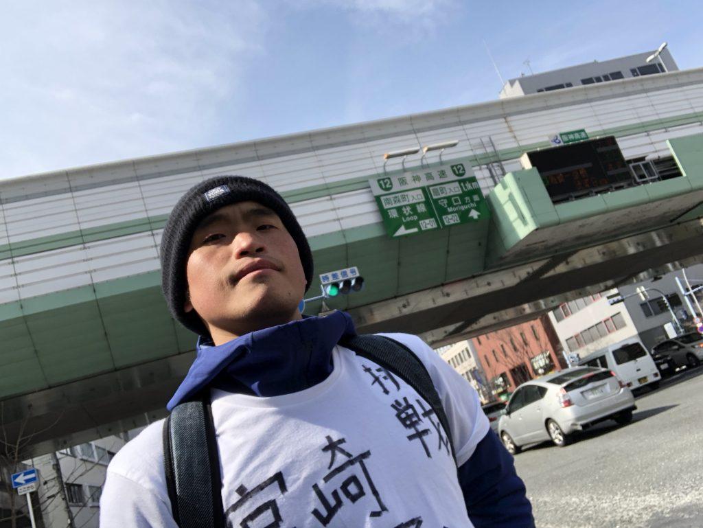 大阪に到着したジョジョ松木